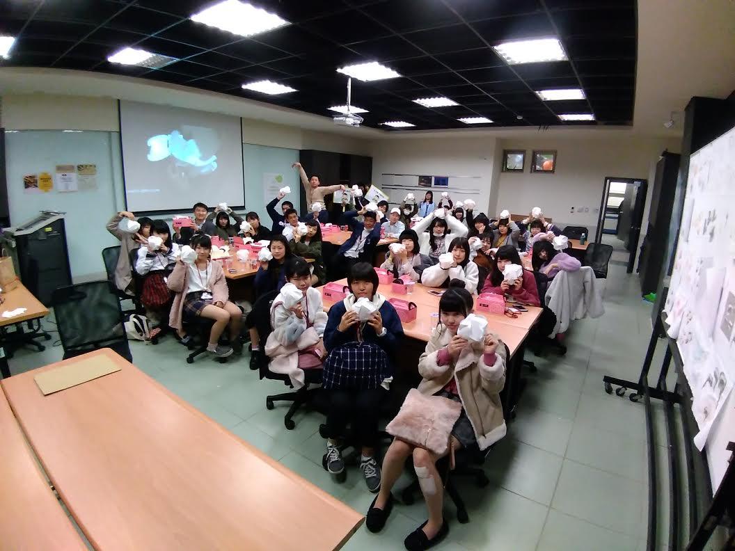 涉谷高校同學至聖約大創意設計系進行工藝課程體驗交流