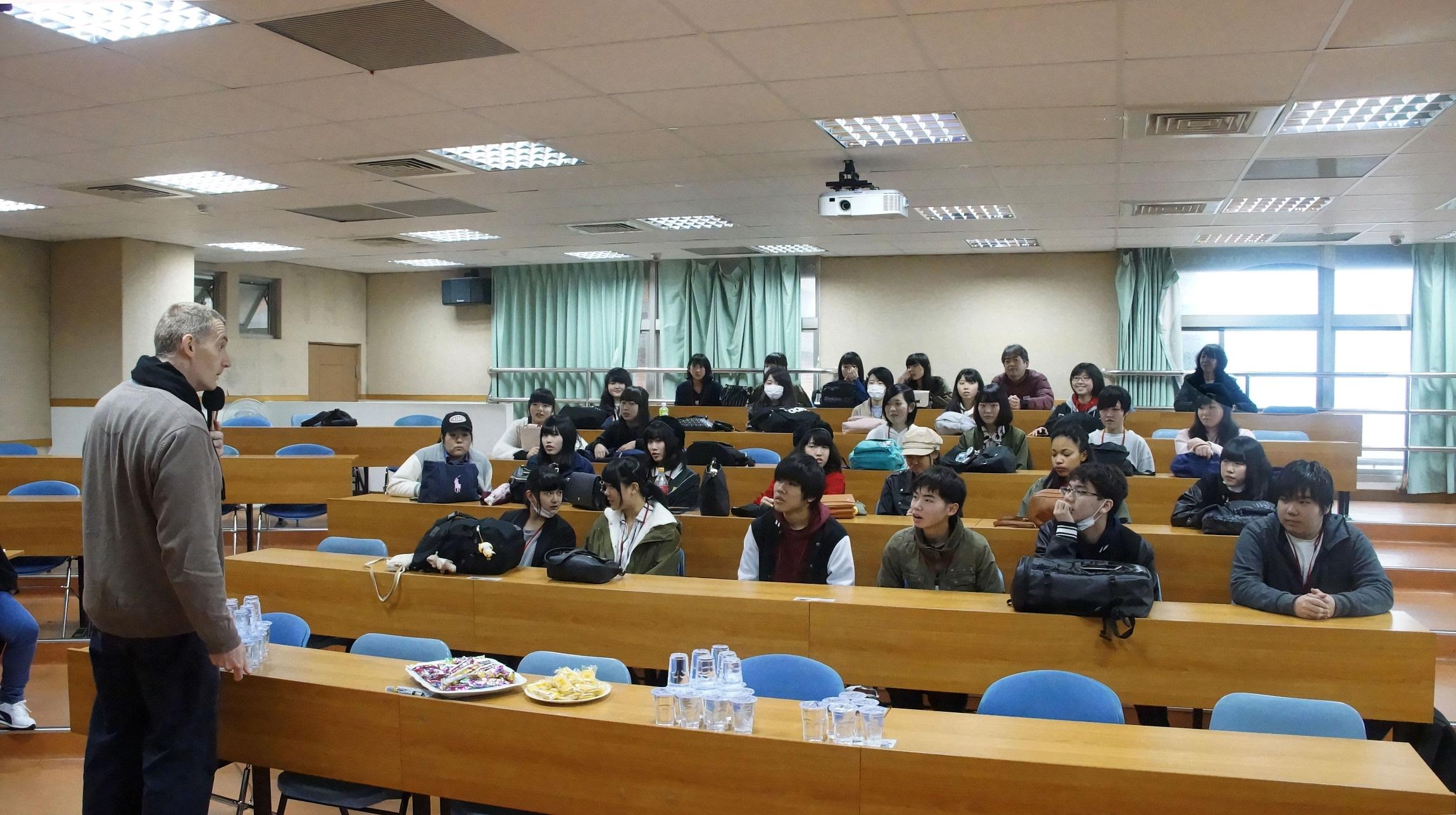 涉谷高校同學至聖約大應用英語系進行語言課程體驗交流